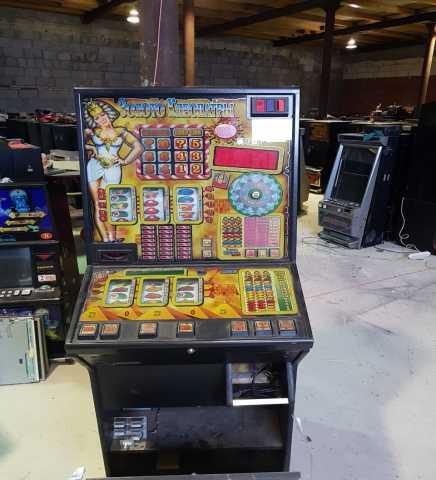 Продам Игровой автомат Золото Клеопатры