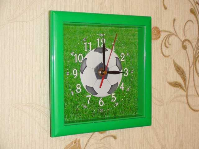 """Продам Часы Настенные """"Soccer"""""""