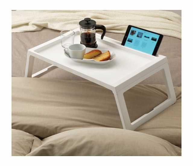 Продам Компактный и удобный столик-поднос ikea