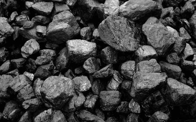 Продам уголь каменный в мешках т 464221