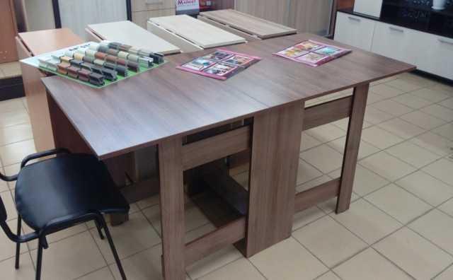 Продам стол-книжка