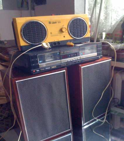 Продам сетевой стерео-радиоприемник 3 програмны