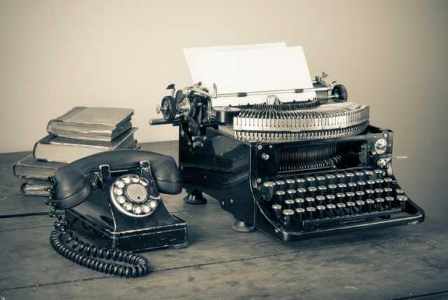 Куплю печатные машинки и телефоны СССР