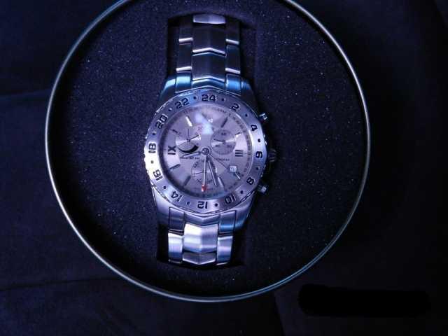 Продам Швейцарские часы ROAMER