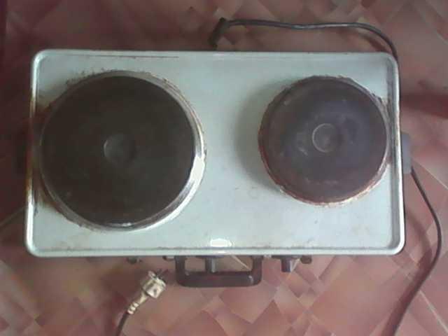Продам 2х камфорная ЭЛ.плита