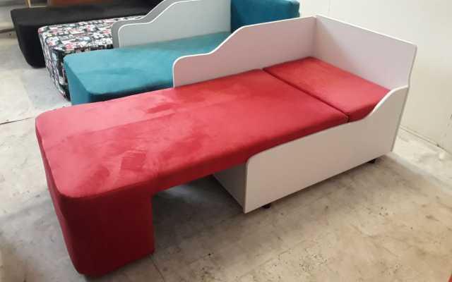 Продам Детские кровати диваны