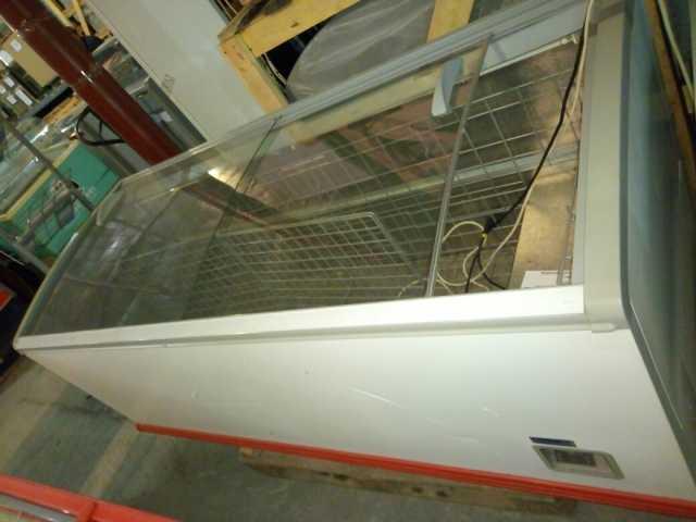 Продам Морозильный ларь бонетного типа б/у 210