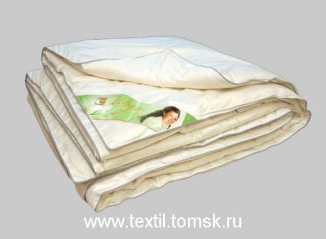 Продам: Одеяло всесезонное шелк.