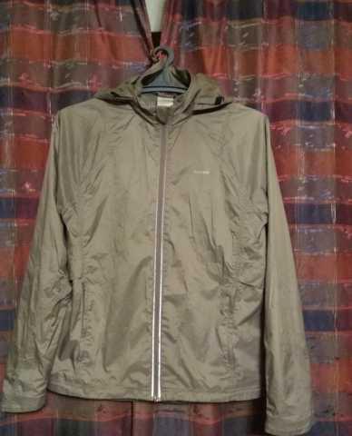 Продам Куртка-Ветровка Reebok. Размер М (46-48)