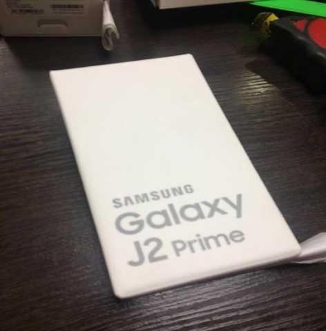 Продам новый сотовый телефон
