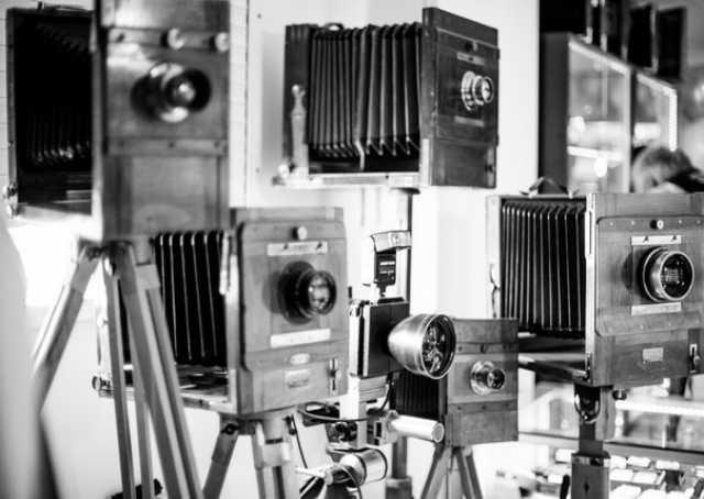 Куплю дорого фотоаппараты и предметы старины