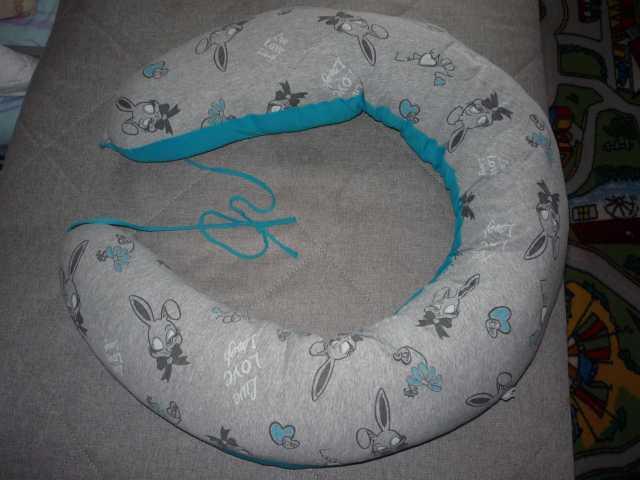 Продам Подушка для беременных и кормящих мам