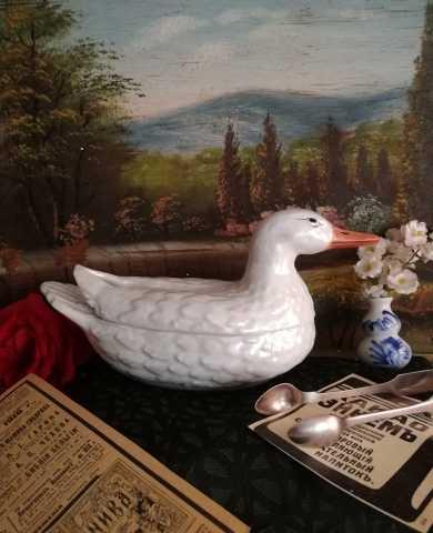 Продам Масленка (шкатулка) Утка Зуссман 19 век