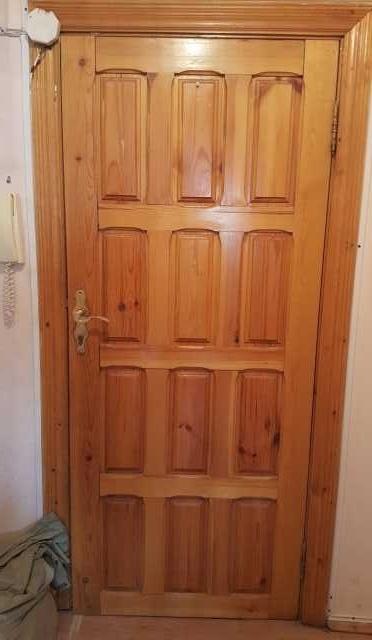 Продам Отличные двери почти даром