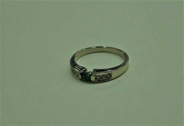 Продам Кольцо золото 585 с бриллиантами