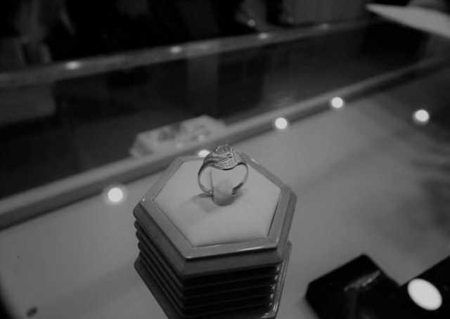 Продам Кольцо серебро