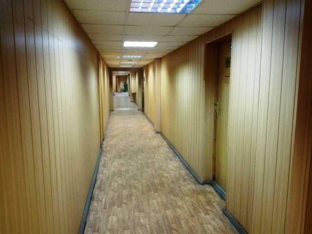 Сдам: Кабинет 37 м2 в административном здании.