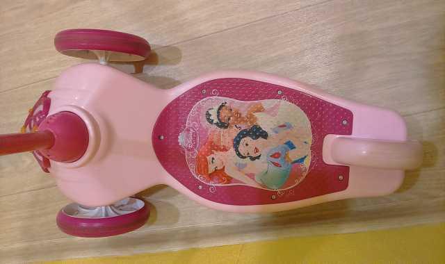 Продам самокат для принцессы