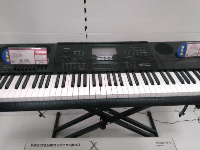 Продам Синтезатор Casio wk-7600
