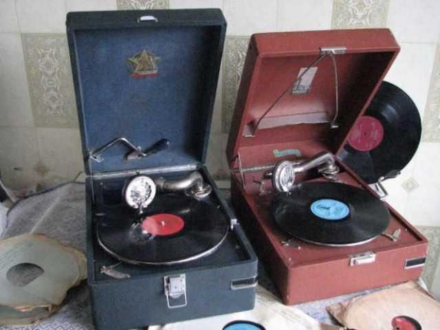 Куплю Патефоны, граммофоны, пластинки
