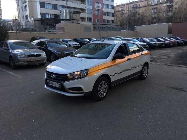 Вакансия: Водитель такси в Москве