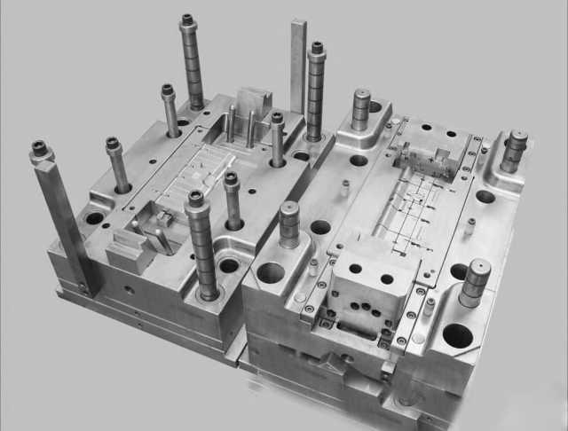 Продам: Изготовление пресс-форм для литья пластм