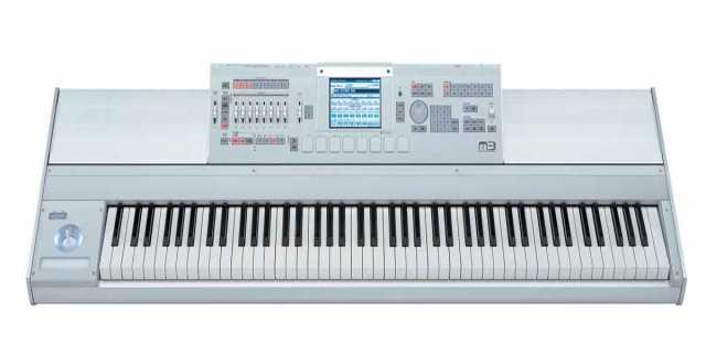 Продам Korg M388 88 Key Keyboard Workstation