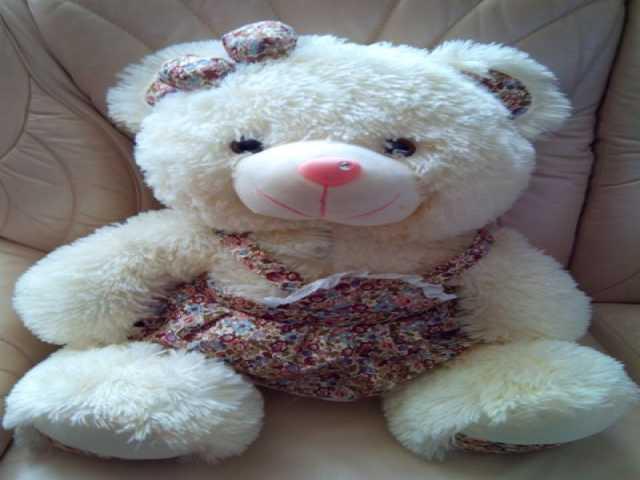 Продам Мягкая игрушка Медвежонок-девочка 50 см