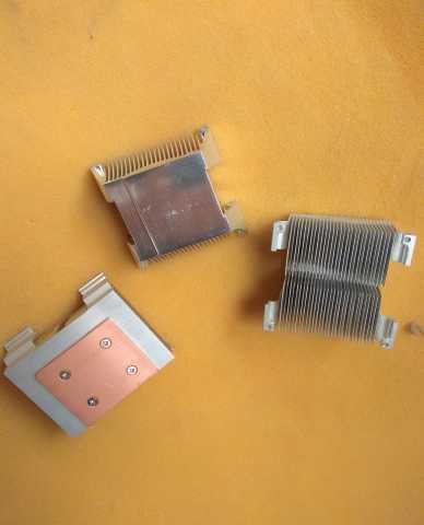Продам Радиаторы алюминиевые 3 шт. Вентиляторы