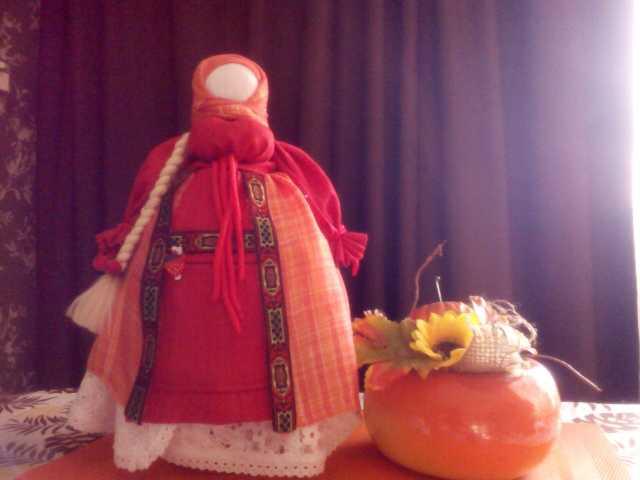 Продам: Кукла-берегиня ручной работы (мотанка)