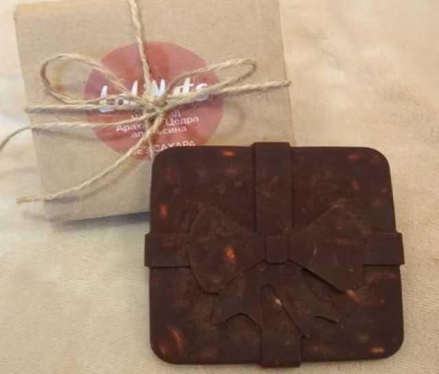 Продам Шоколад с арахисом и апельсиновой цедрой