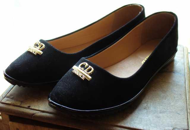Продам Продам туфли-лодочки на девочку