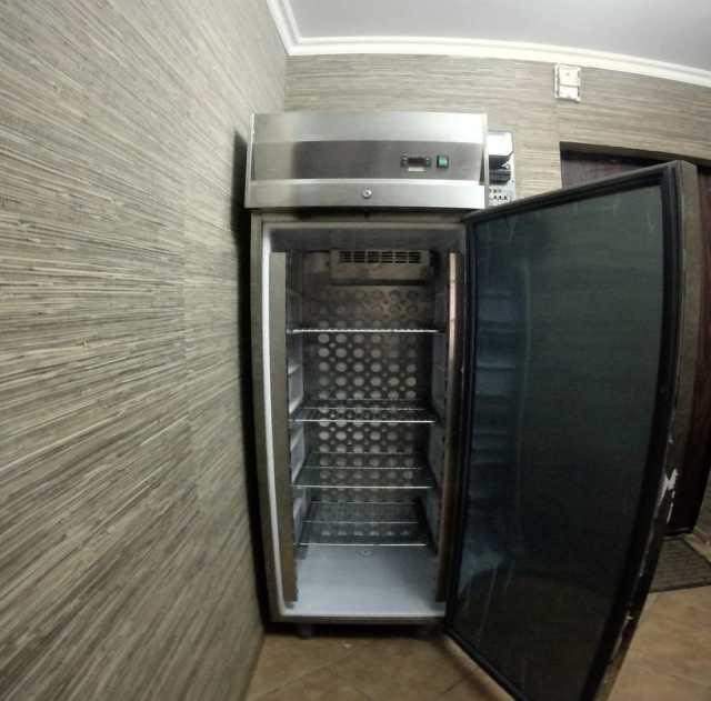 Продам Холодильник с регулировкой температуры