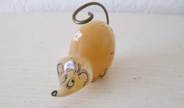 Продам Фигурка мышки из натурального камня селе