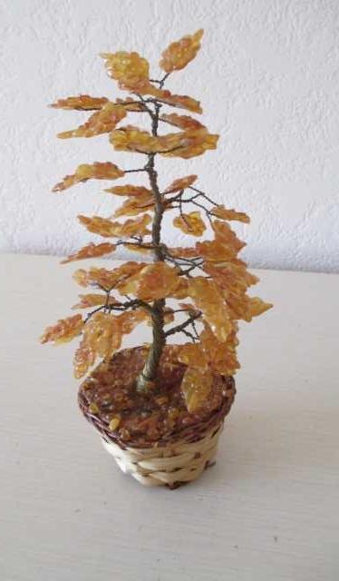 Продам Дерево с натуральным янтарем