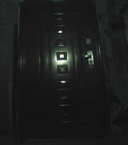Продам железная входная дверь