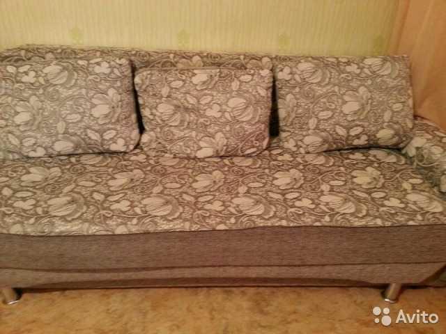 Продам продам диван бу 89832656659