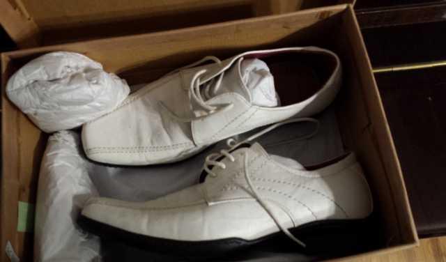 Продам Новые м кож туфли на широкую ногу 41