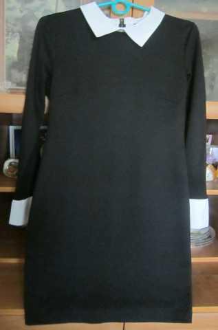 Продам Платье с длинным рукавом ,черное .