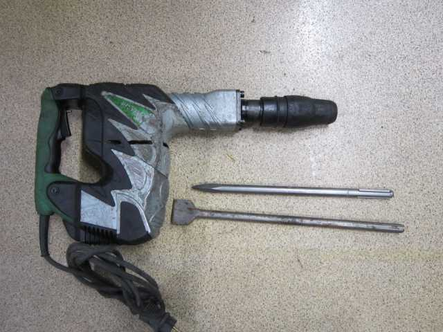 Продам Хитачи отбойный молоток 26 дж