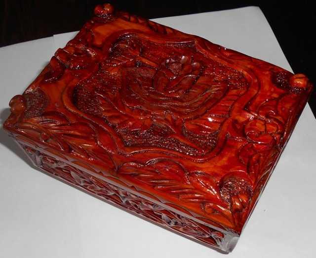Продам: Шкатулка резная роза кедр