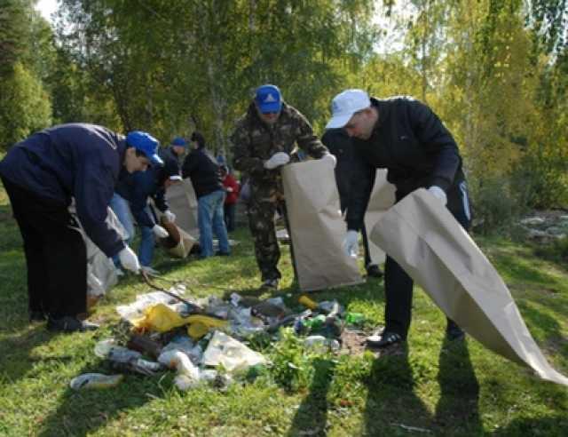 Предложение: Уборка любых территорий, вывоз мусора