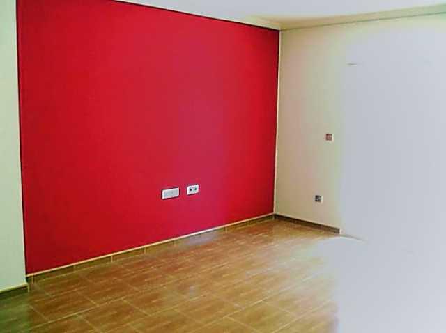 Предложение: Покраска стен и потолков. Поклейка обоев