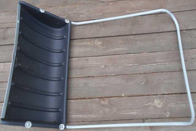 Продам Скребок лопата для снега заря