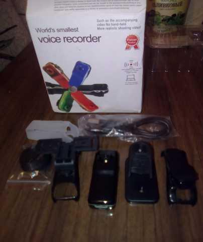 Продам компактную видеокамеру