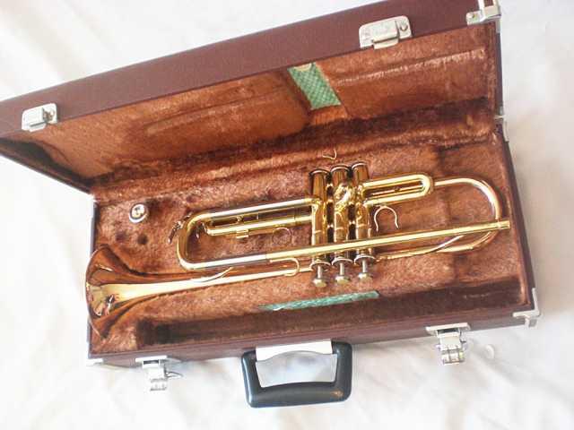 Продам Труба Yamaha YTR-333 (Япония)