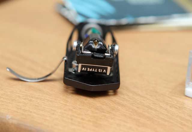 Продам головка звукоснимателя Shure V15 Type IV