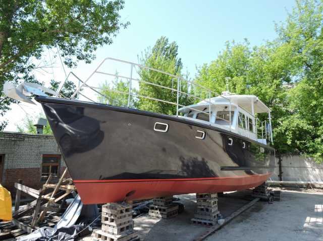 Продам Яхта моторная водоизмещающая, 14 м, нова