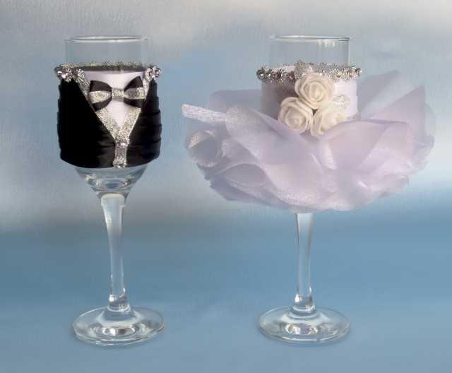 Продам Свадебные бокалы новые