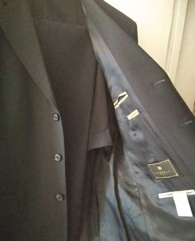 Продам Брючный мужской костюм(черный)